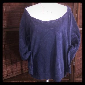 Distressed style sweatshirt with zipper detail